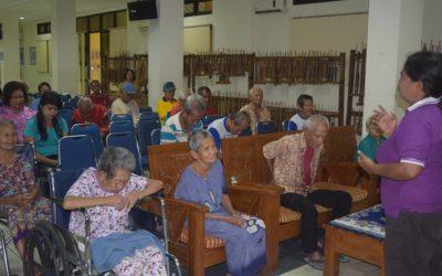 Pelayanan Di Panti Sosial Tresna Werdha (PSTW) 01 Cipayung