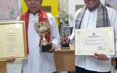 Piagam & Piala Pemenang I Lomba Organisasi Kesejahteraan Sosial Tingkat DKI Jakarta Thn 2017