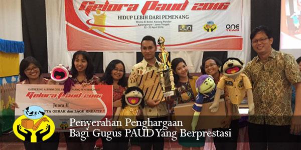 Para Juara Lomba Pemberdayaan Gugus PAUD