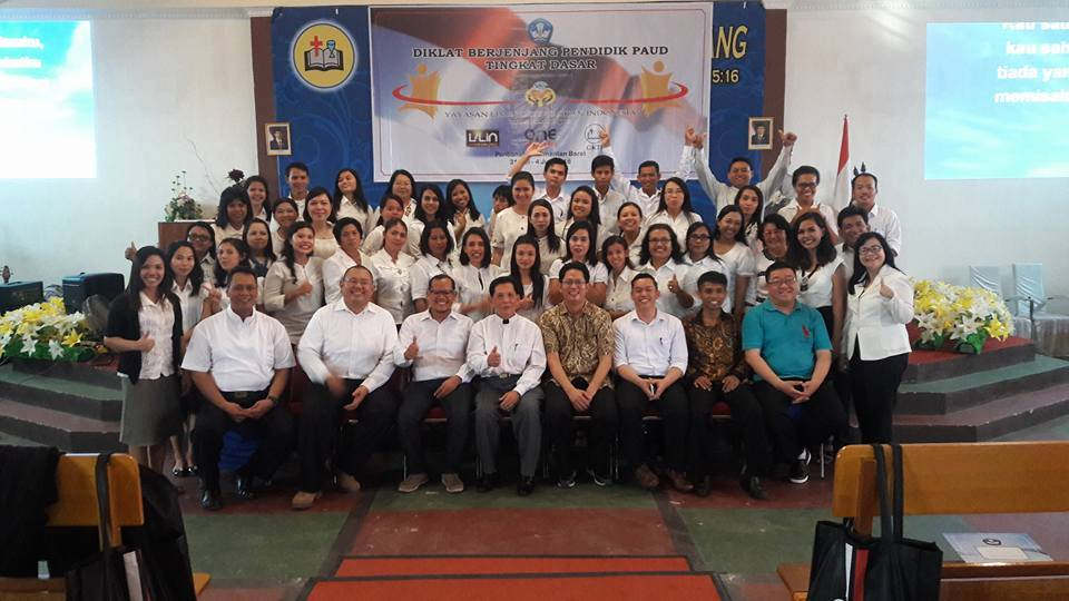 Pelaksanaan Diklat Berjenjang Pendidik PAUD tingkat Dasar di Sinode GKTI Pontianak