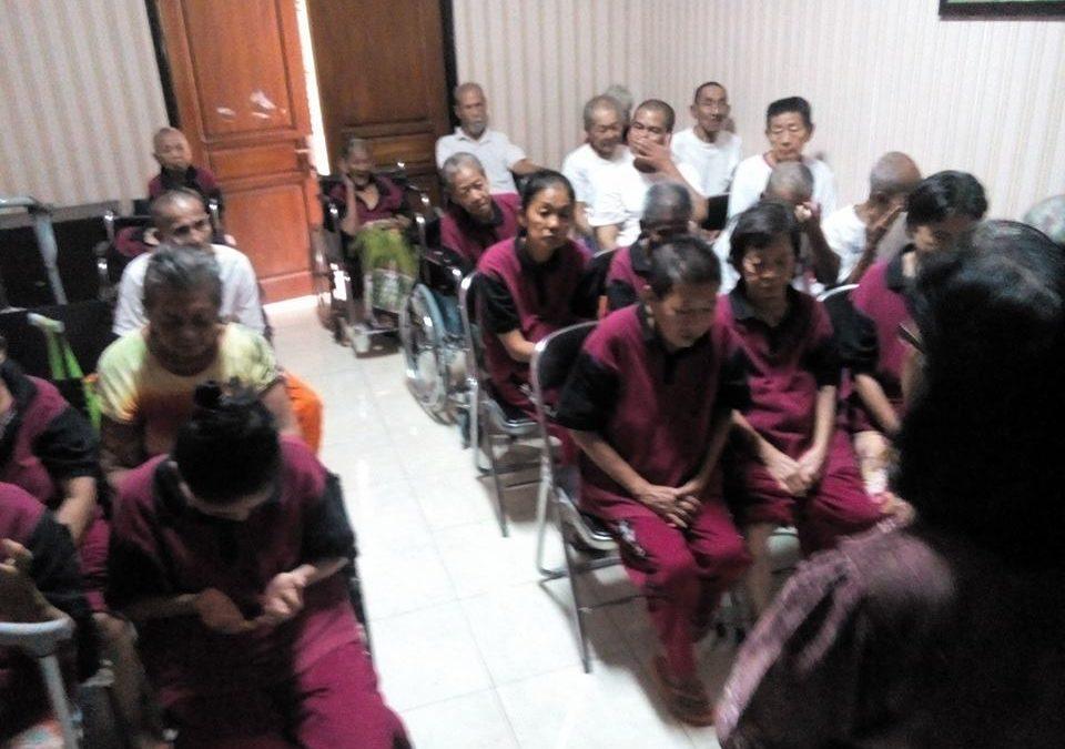 Pelayanan Tim Di Panti Sosial Tresna Werdha 05 & Panti Sosial Bina Grahita Kalideres