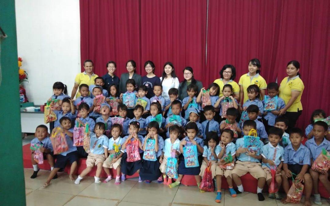 Kunjungan Kegiatan Mahasiswa UPH Ke TK MBB Sungai Tiram